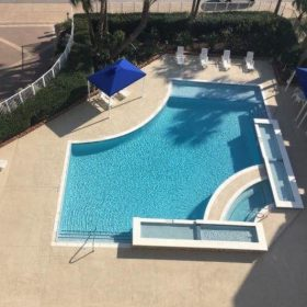 Diamond-Brite- Cool-Blue-Arturo's-Pool-Plastering